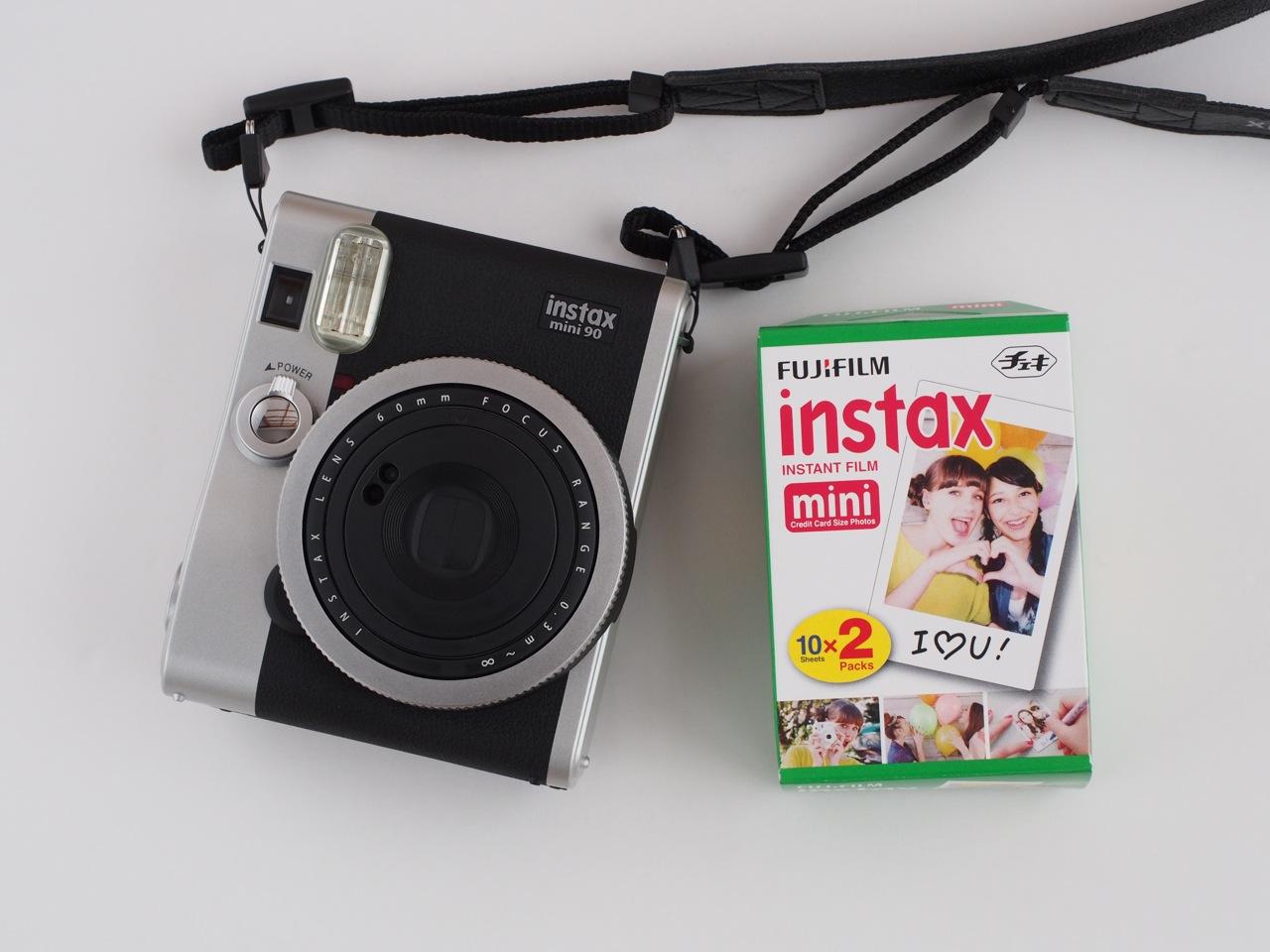デジタル全盛時代に人気のアナログカメラ