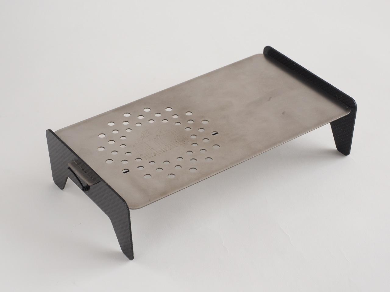 デイパックに入る超軽量どこでもテーブル