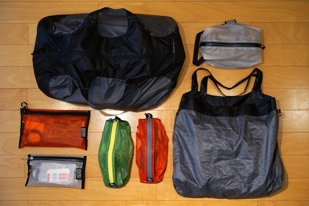 シルナイロン製のバッグ類に注目です