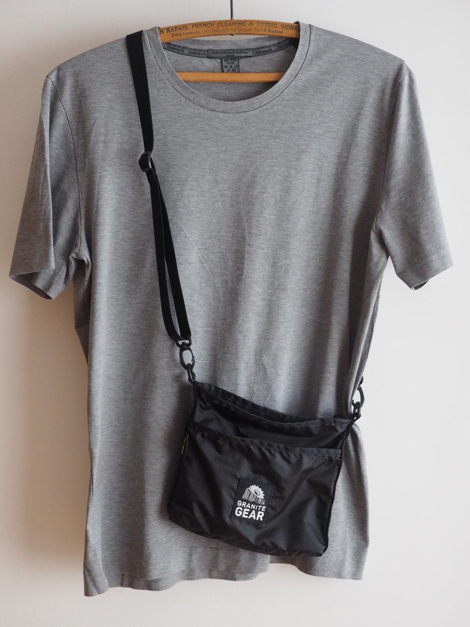 Tシャツ、短パンの時のポケット替わり