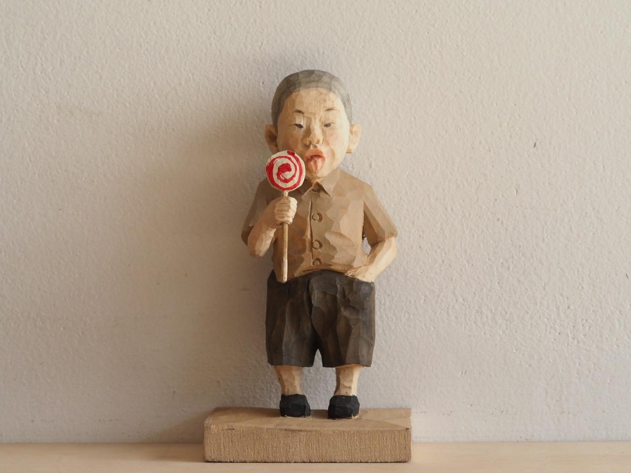 彫刻家というより木工職人という清々しさ
