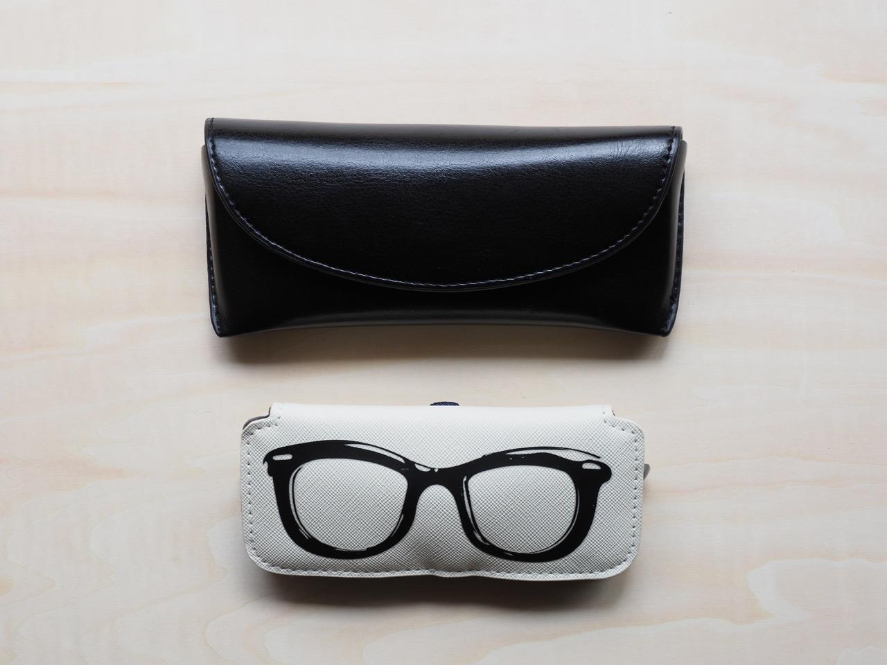 ウルトラライトのメガネケース